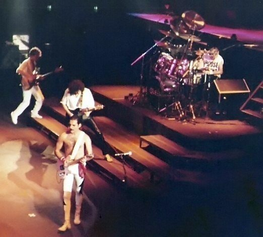 Queen sang in Hungarian 29 years ago – VIDEO