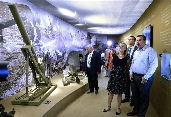 WWI exhibition open at Varkert Bazar