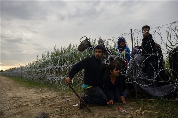EU ready to give further help to Hungary, says migration commissioner