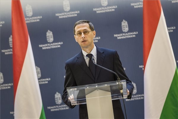 EC acknowledges Hungary's economic performance in country report, says Varga