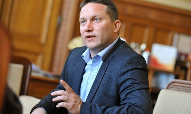 Hungary's political future turns on 2018 election, says Socialist MEP Ujhelyi