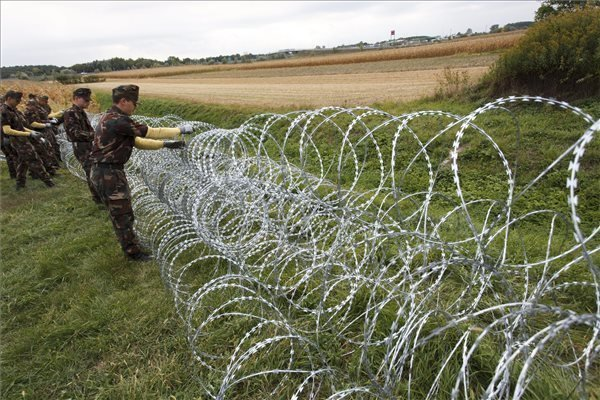 Hungary lays razor wire at Slovenian border – UPDATE