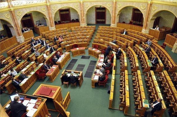 Varga proposes state secretary replacements