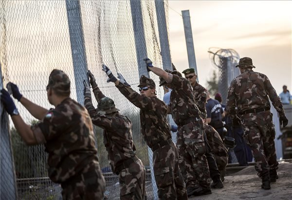 Hungarian government: Hungary-Croatia border fence basically complete