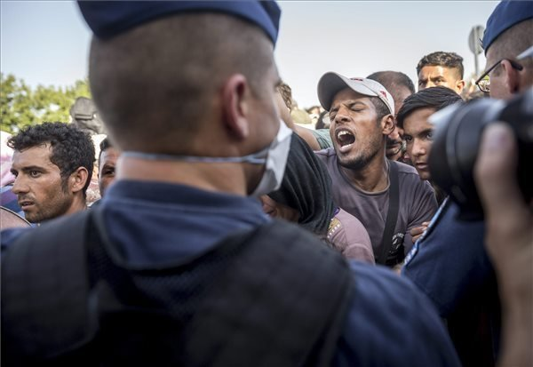 UNHCR: Hungary's migration policy restricts access to asylum