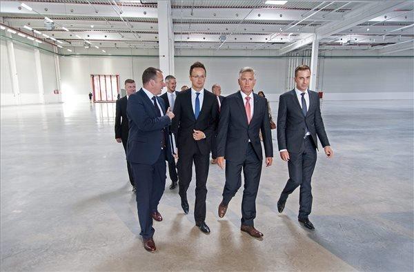 Audi inaugurates EUR 31.8m logistics centre in Győr