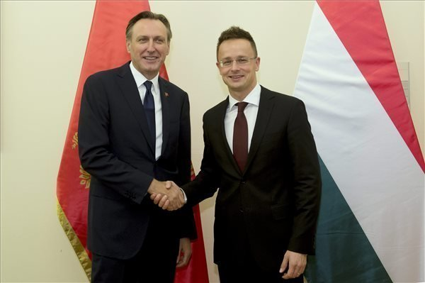 Szijjarto: Euro-Atlantic integration of western Balkan would lead to peace, stability
