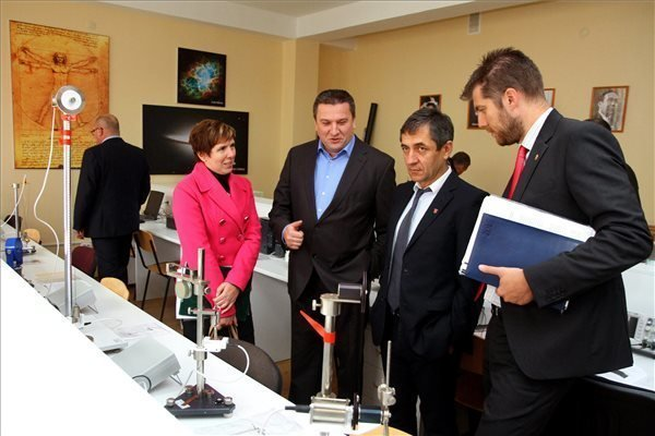 Hungary launches new program to support Transcarpathian Hungarians