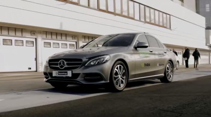 Hungarian self-driving car toward world success