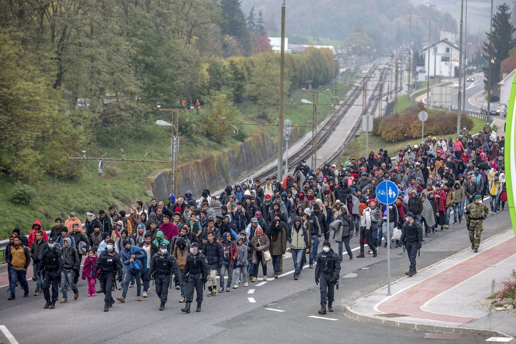 EU aims to send up to 120,000 migrants to Hungary?