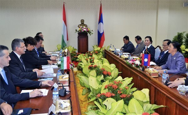 Kover holds talks on further developing cooperation with Laos