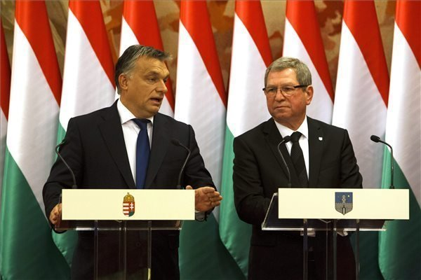 Orban signs Modern Cities cooperation agreement with Szombathely