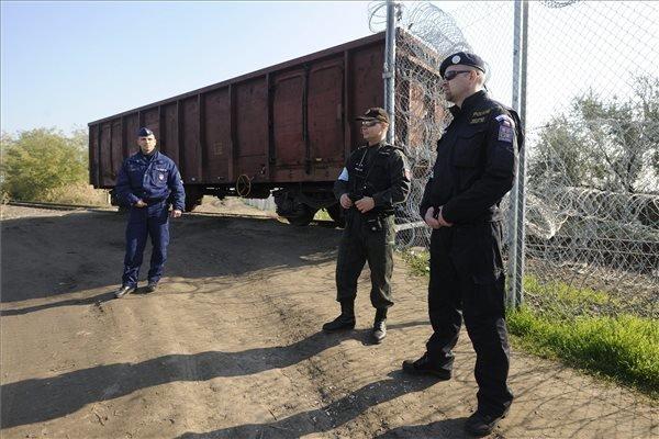 Czech police start patrolling Hungary-Serbia border