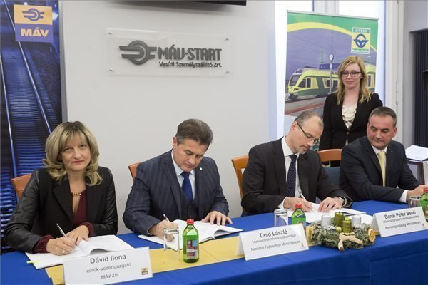Government signs ten-year track operation agreement with MAV, GYSEV