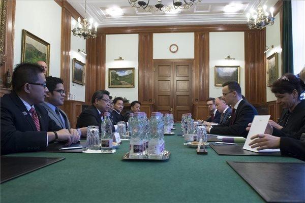 Hungary supports EU-Malaysia free trade pact