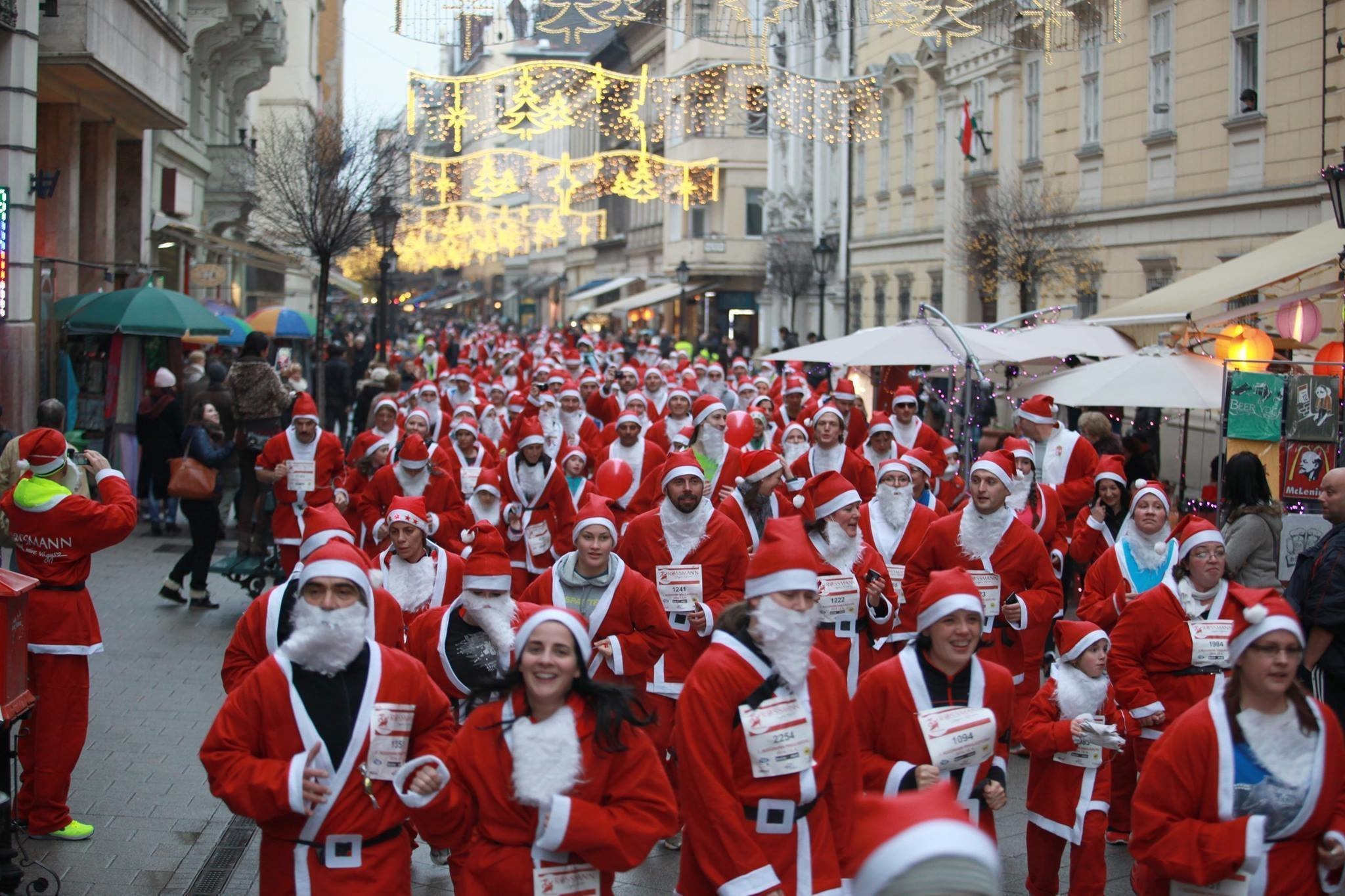 Thousands of runners dressed up as Santa Claus swarming the streets of Budapest on Sunday