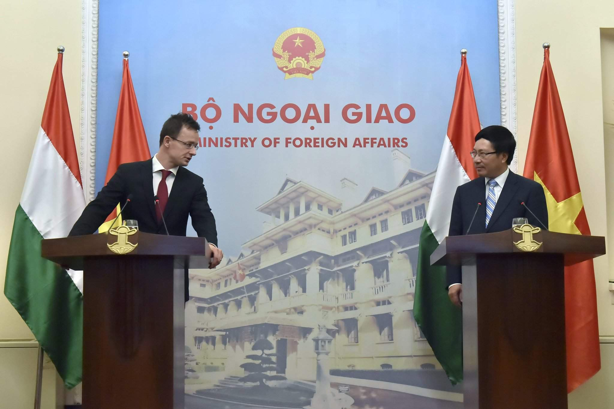 Hungary's foreign minister to visit Vietnam – Photos