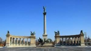 budapest-heroes square
