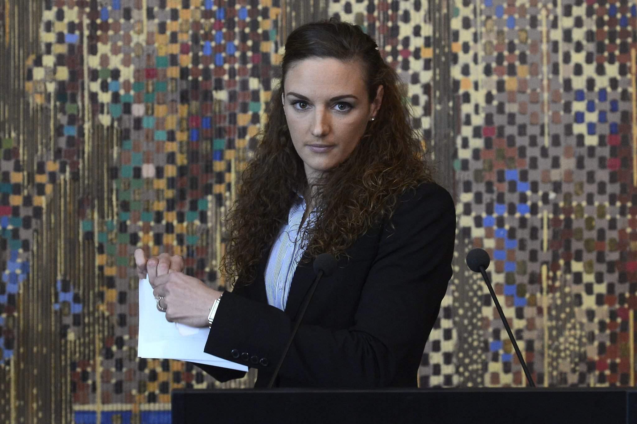 """He should resign!"" – The Katinka Hosszú – Tamás Gyárfás battle continues"