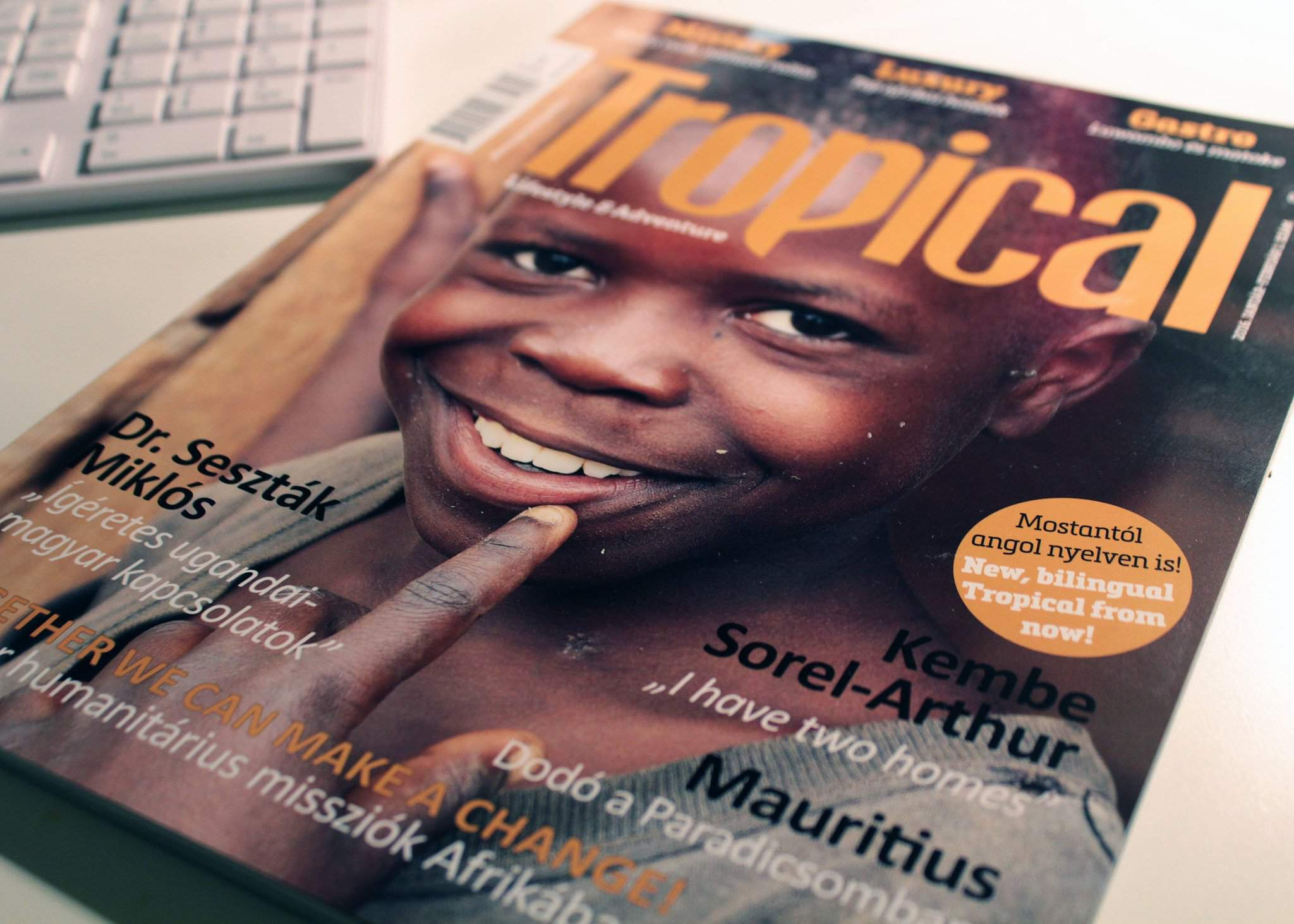 Tropical Magazine – The fascinating encyclopaedia of Africa is now bilingual!