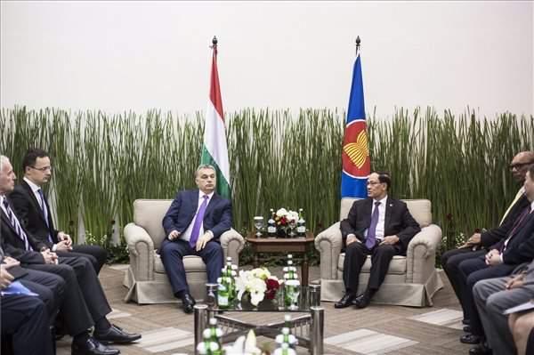 PM meets ASEAN head