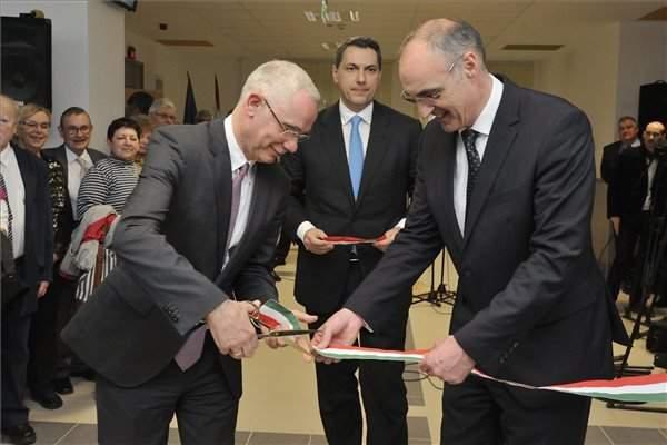 Government spends EUR 1bn on hospital refurbishment, saysminister