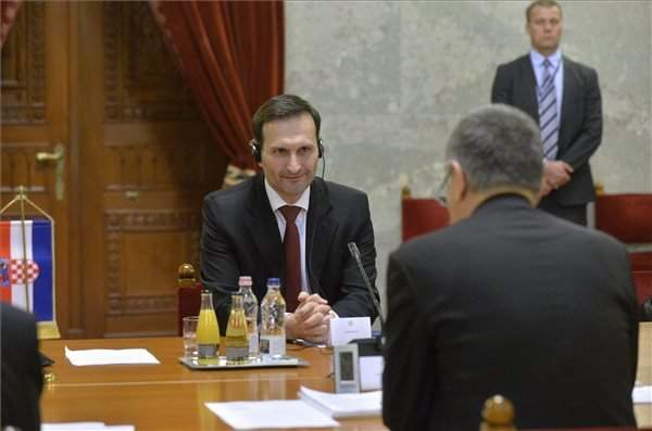 Hungarian house speaker meets with Croatian foreign minister