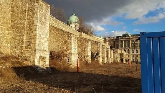 Buda Castle renovation