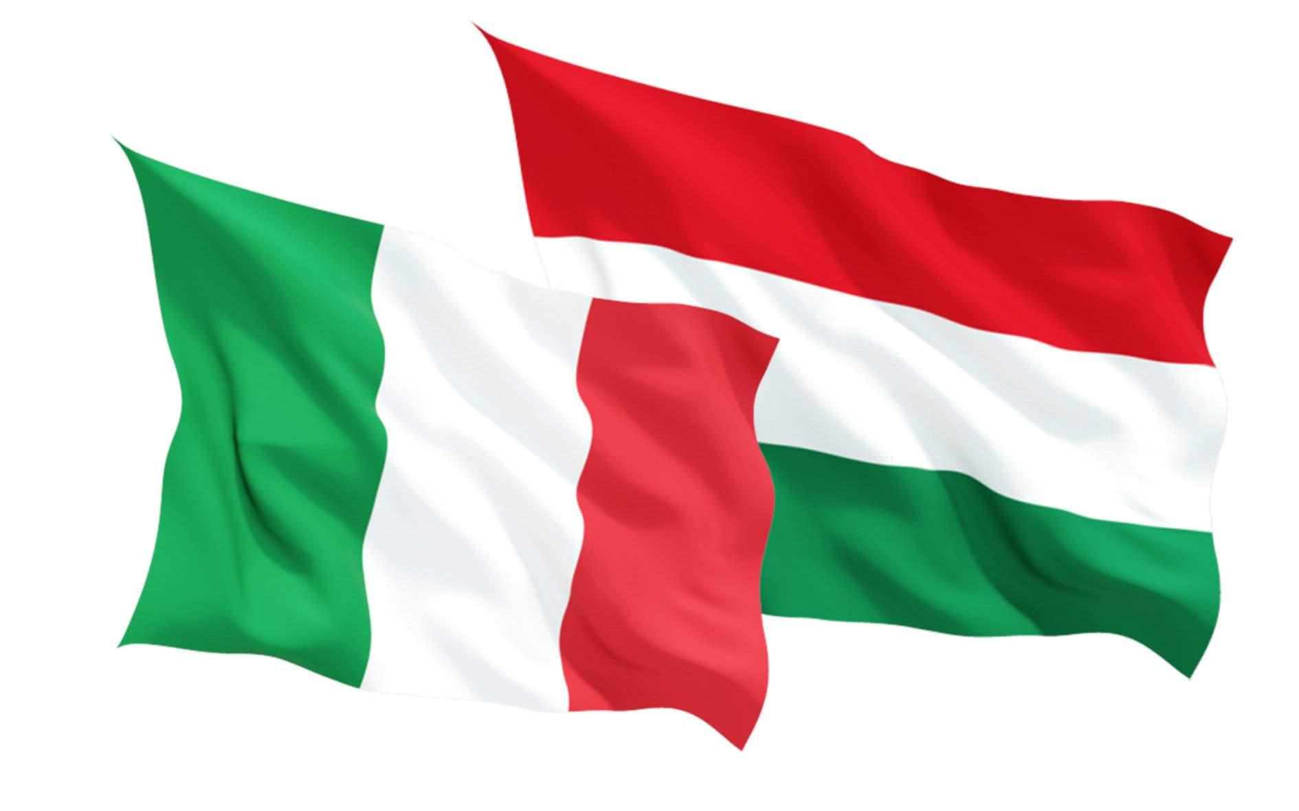 italy hungary flag