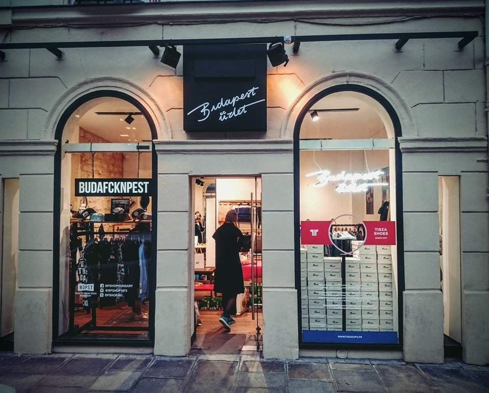Budapest store opened in Paris