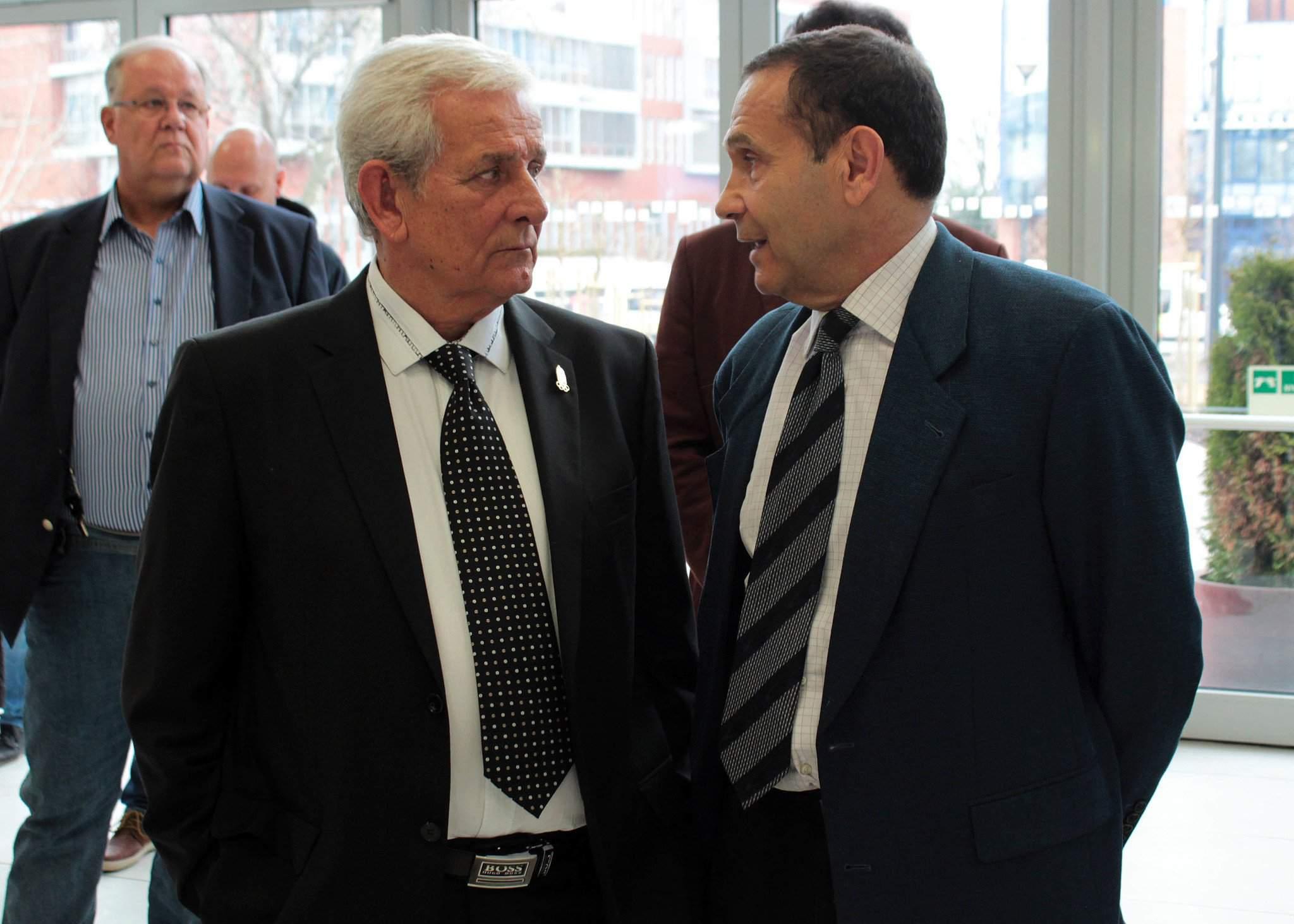 László Kiss and Tamás Gyárfás