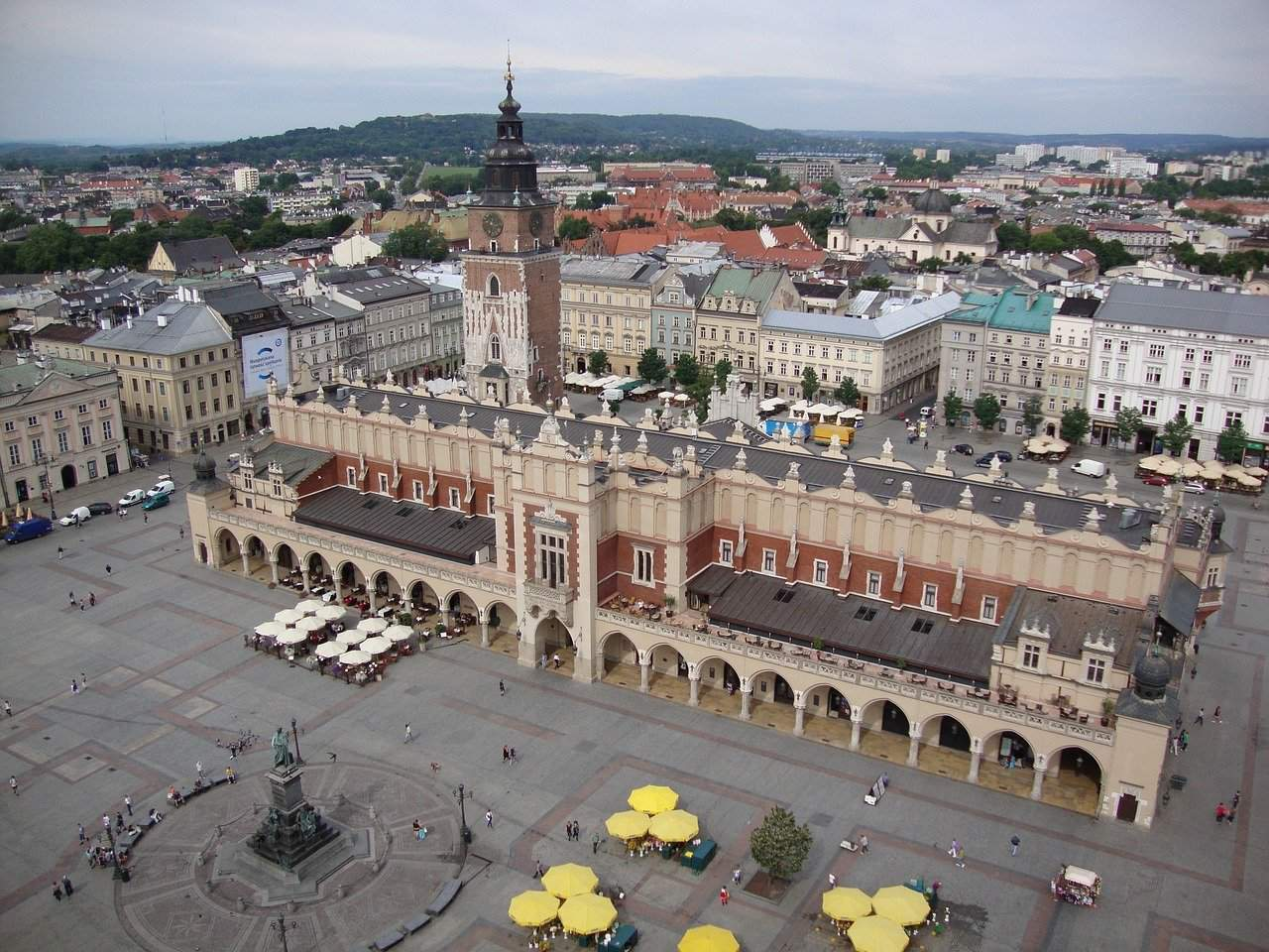 Assembly supports Budapest-Krakow twin-city cooperation