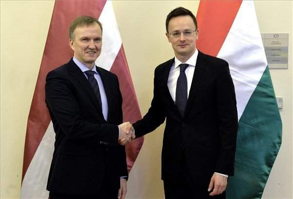 Hungary's foreign minister discusses ties with Latvian official