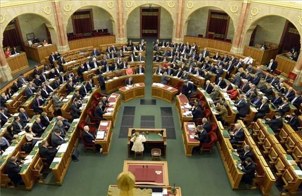 Parliament passes law allowing government to bypass parliament on budget changes