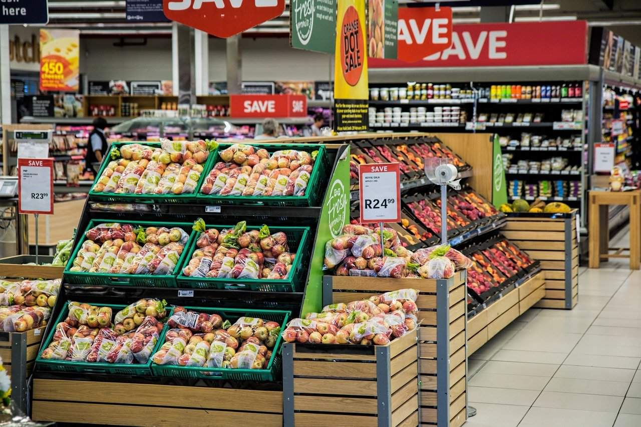 Consumer price index edges down to 1.9 per cent in February in Hungary