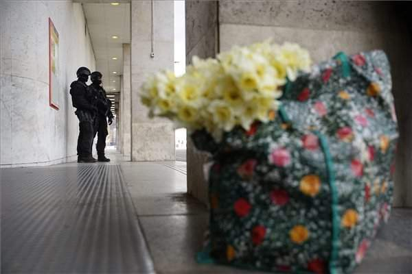 terrorism-budapest-police-tek-2
