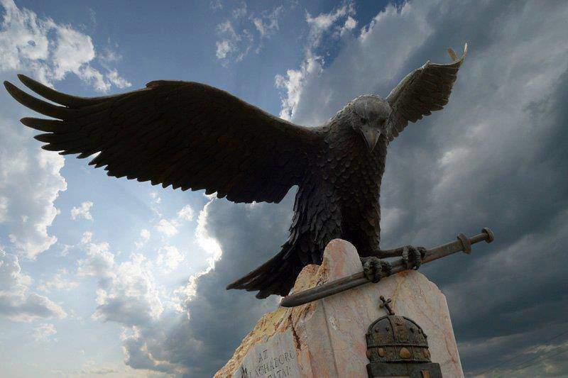 turul bird mitology