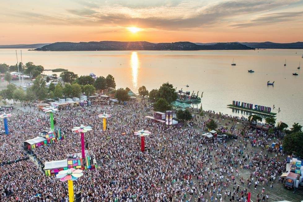 Exclusive Boat Parties On Lake Balaton Daily News Hungary