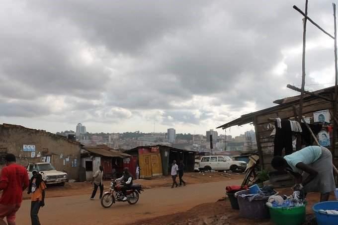 Ismét tudtak nagyot tenni! c. cikk Életkép Kampala utcáiról