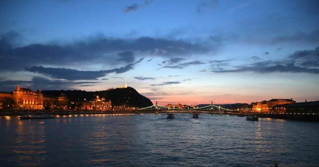 budapest-sunset