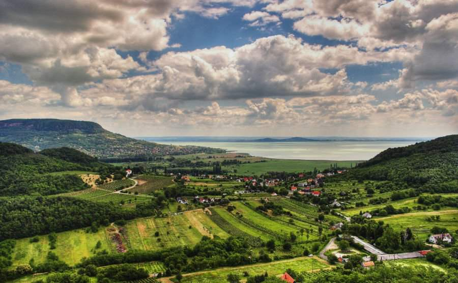 8 wonderful places in Hungary to greet spring