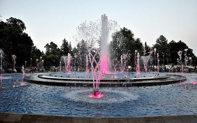 Fountain of Margaret Island now plays songs about Budapest