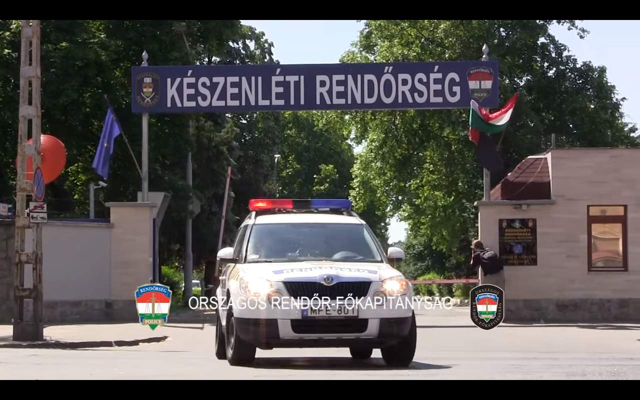 Hungary sends third police contingent to Greek-Macedonian border – VIDEO