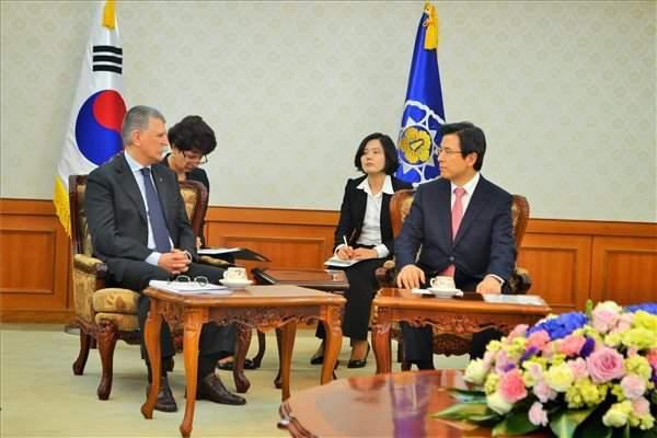 Hungarian house speaker hold talks in South Korea