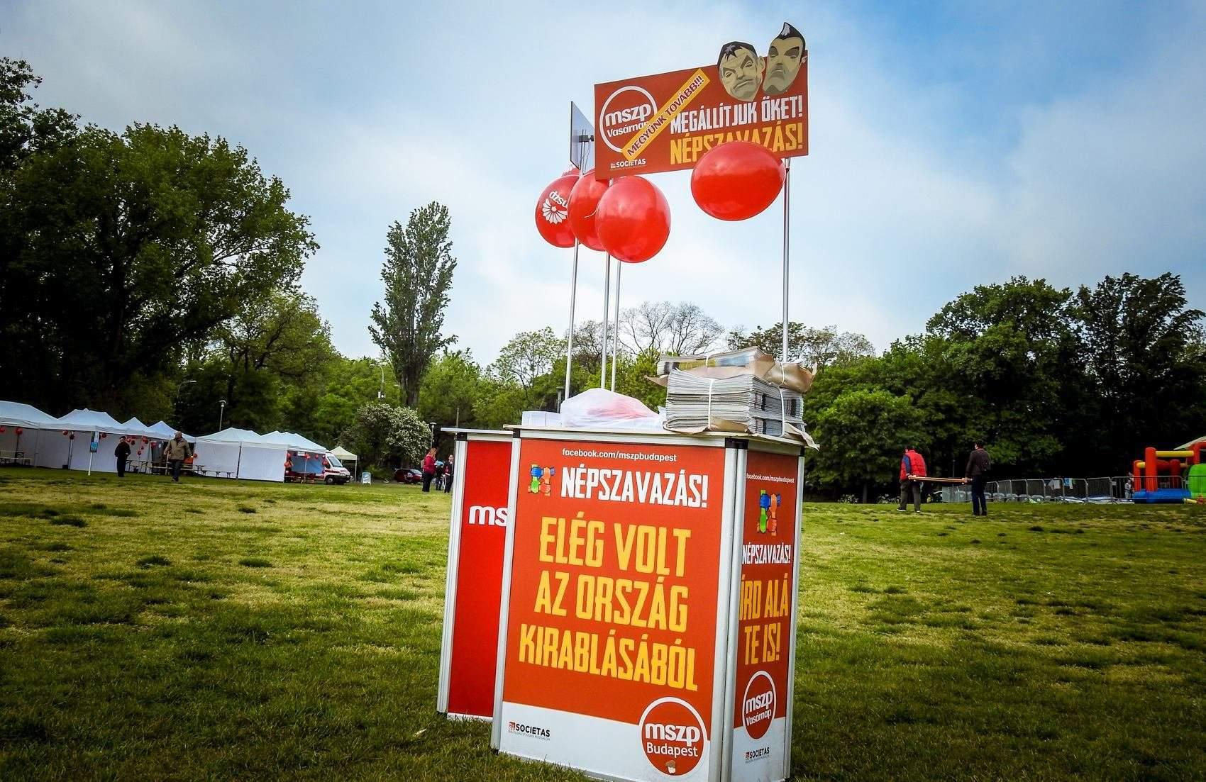 Socialists abandon signature drive for Sunday shopping referendum