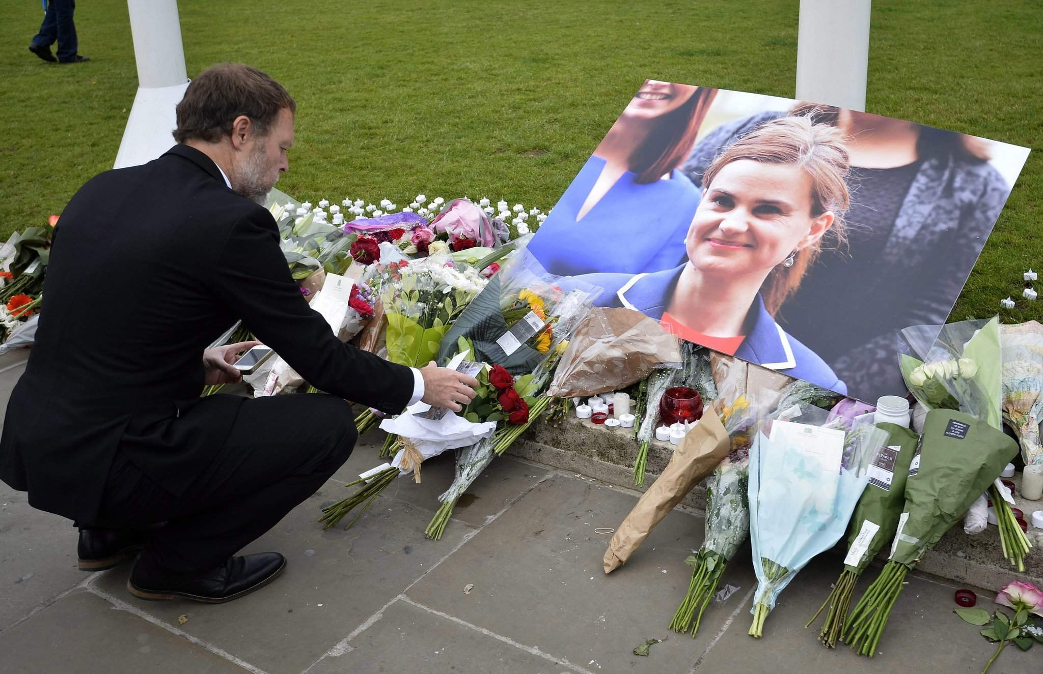 Hungary's parliament sends condolences over murdered British MP