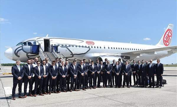 Euro2016 – Hungary squad arrives in France