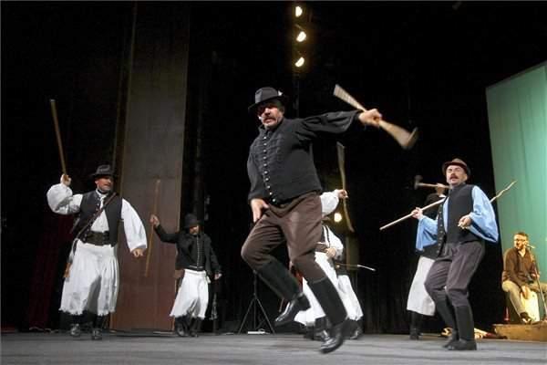 folk-dance-hungary