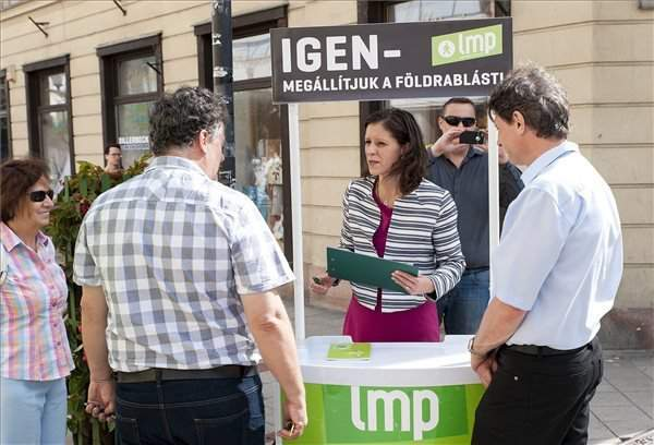 LMP: Orbán should give up policy of low wages