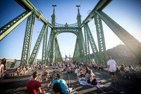 Dancing on the closed Liberty Bridge!